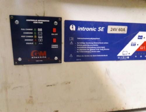 کنترلر اتوماتیک و هوشمند شارژر باتری